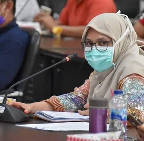 Kepala Dinas Kesehatan Kota Padang dr. Ferimulyani Hamid, M.Biomed