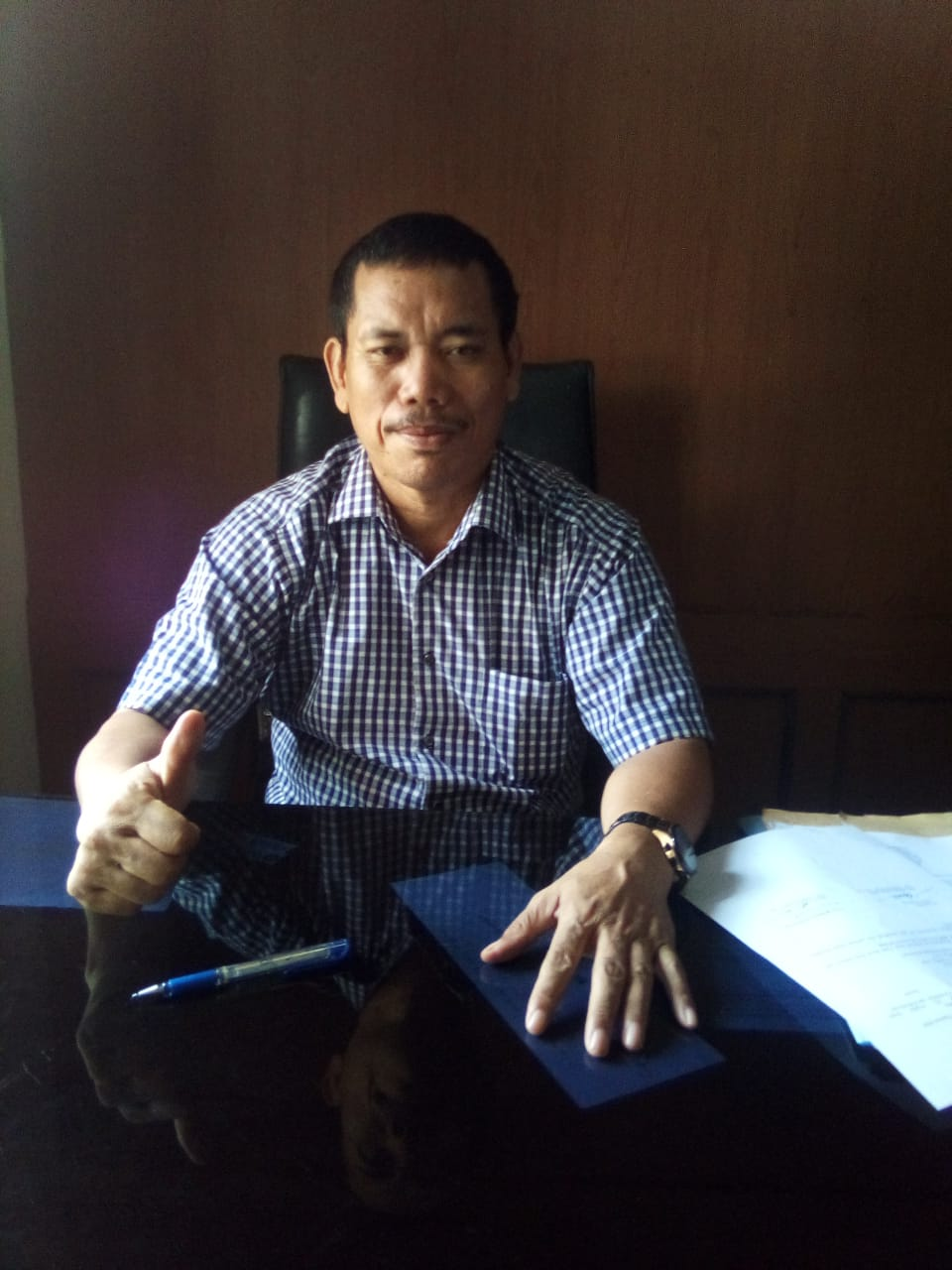 Plt Sekretaris Dinas P & K Muaro Jambi, Jesman Gultom.(foto:Raden Hasan Efendi/Jambipers.com)