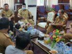 Bupati Merangin H Al Haris ketika memimpin jalannya rapat progres penanganan Covid-19 bersama jajaran pengurus Satgas Covid-19 Merangin.(ist)