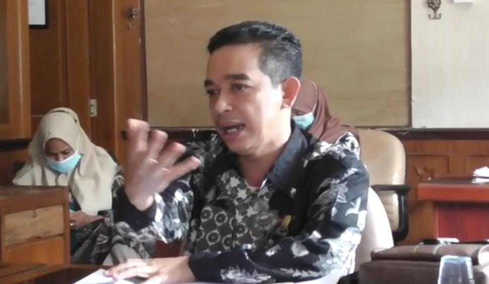 Ketua Komisi III DPRD Muaro Jambi, Usman Halik.(Foto:Raden Hasan Efendi/Jambipers.com)