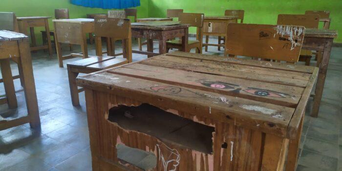 kondisi mobiler SMP Negeri 1 Muaro Jambi kebanyakan telah rusak berat.