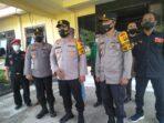 Kapolres Muaro Jambi AKBP Ardiyanto Sik berfoto usai memimpin apel kesiapsiagaan pengamanan Misa Jumat Agung.