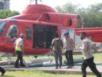 Bupati Tanjab Barat Anwar usai memantau Karhuta dari udara.