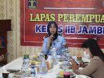 Kepala Lembaga Pemasyarakatan Perempuan Kelas IIB Jambi, Triana Agustin