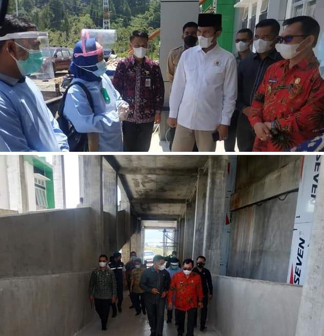 Wali Kota Ahmadi Zubir bersama bersama Ketua DPRD Provinsi Jambi Edi Purwanto meninjau fasilitas isolasi sementara Covid-19.