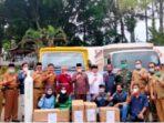 Bupati Kerinci Adirozal terima bantuan APD dari PT.KMH