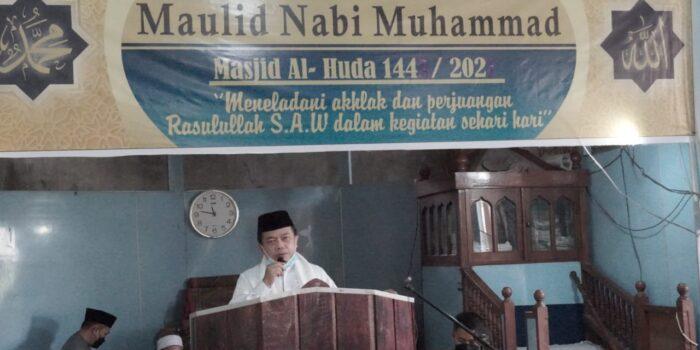 Gubernur Jambi Dr. H. Al Haris, saat mengikuti peringatan Maulid Nabi Muhammad SAW di Desa Merbau, Kecamatan Mendahara.