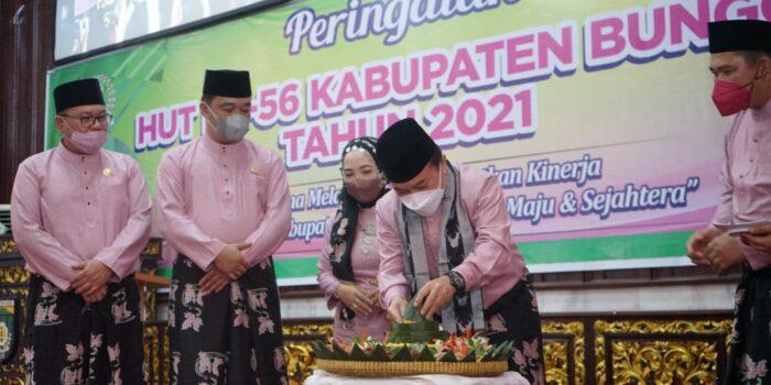 Gubernur Jambi, Al Haris hadiri peringatan HUT Kabupaten Bungo.